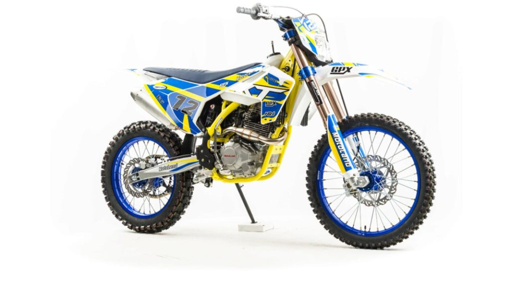XT250 ST 21/18