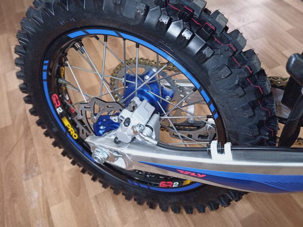GR2 300Pro (ZS174MN вод.охл) кросс/эндуро мотоцикл